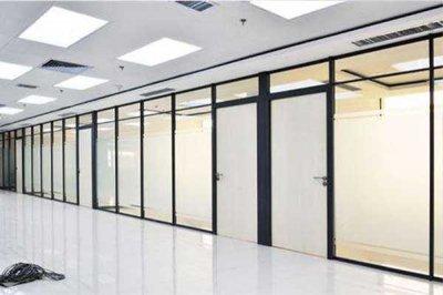办公室装修玻璃隔段的特点有哪些